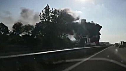 "Селскостопанска машина се запали на магистрала ""Хемус"""