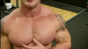 Andy Haman Dymatize Exercise Ball Crunches!