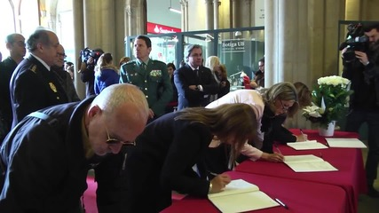 Spain: Mourners pay respects to victims of Erasmus student bus crash