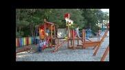 Детско корабче на плажа във Варна