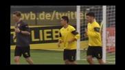 Борусия Дортмунд тренира с настроение, чака двубоя с Арсенал