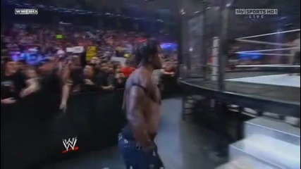 Elimination Chamber Начало