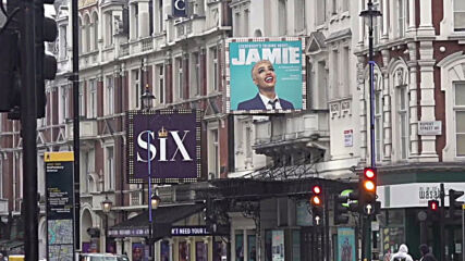 UK: Londoners rejoice as theatres and cinemas reopen