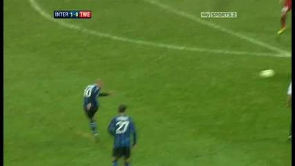 Inter Milan v Twente Sky Highlights - football video 24.11.10