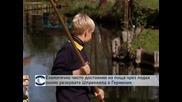 Екологично чисто доставяне на поща чрез лодка около резервата Шпреевалд в Германия