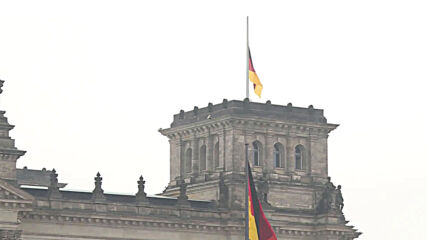Germany: Flags at half-mast across Berlin as nation mourns its COVID victims