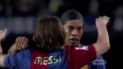 Моментът в който Меси замести Роналдиньо ! Велик момент в историята на футбола !