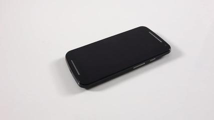 Дали наследникът ще задмине първообраза - Motorola Moto G2 (2014) - видео ревю на news.smartphone.bg