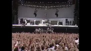 Queen - We will rock you and We are the champions