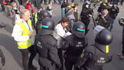Germany: COVID-sceptic protesters detained in Berlin during demonstration
