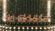 Girls' Generation ( Snsd ) - Holiday Music Video