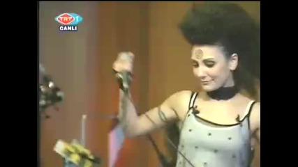 Ozlem Tekin - Vurma (live Trt)