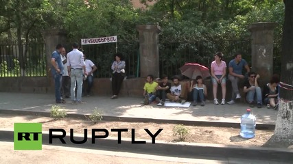 Armenia: Yerevan cleans up after six days of utility-hike demos