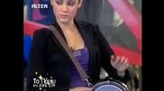H 16 Xronh Me To Katapliktiko Klarino Magda Koumpoula