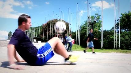 Младенов и Павел Скора - Фриистайл Футбол 2014
