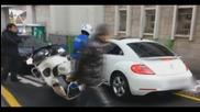Японка срещу полицай