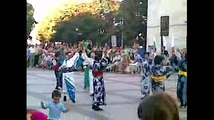 Японци се правят на Българи в Бургас :))