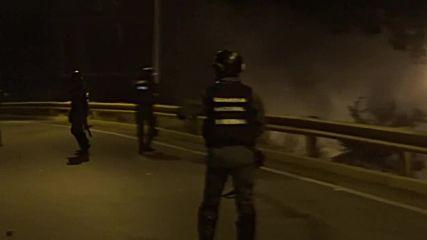 Venezuela: Caracas riots after government foil uprising