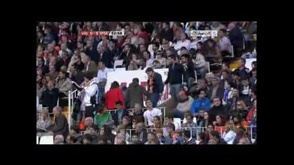 23.04.2011 Валенсия 0-5 Реал Мадрид трети гол на Гонсало Игуаин