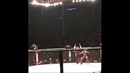 Francis Ngannou vs Curtis Blaydes 2 fan camera