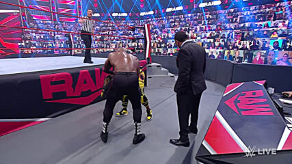 Kofi Kingston vs. Bobby Lashley: Raw, May 17, 2021