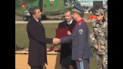 Награждаване на военнослужещи от Сухопътни войски и Пилотите от Крумово