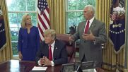 USA: Trump signs exec. order to end controversial family separations