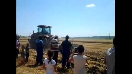 Тракторите Valtra -- изкушение... в с.мъглен Общ.айтос