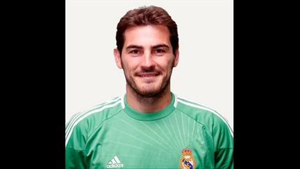Iker Casillas vs Victor Valdes