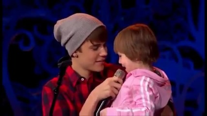 Justin and Hiss Little Sistrer - Jazzy ... ;**