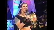 Raw 13.12.2004 Lita предизвиква Snicky и го заплашва с Kane