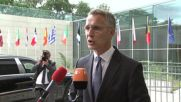 Столтенберг: НАТО ще покани Македония за член, само при успешен референдум за името