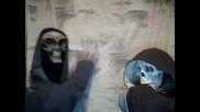 Мъртвите терористи Сам и Бил не ги свърта