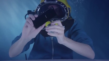 Разопаковане на Xperia Z3 под вода