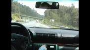 Лудак Овладява Колата Си При 150 Km/h