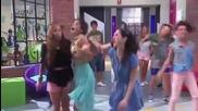 Violetta - Vilu,fran y Cami cantan - Codigo Amistad