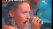 # Певица Ангина - Кому какое дело - Я хочу быть ребенком с русской певицей :)