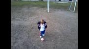 Най-малкия футболист.