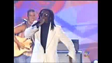 Black Eyed Peas - Latin Girls (live)