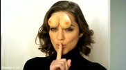 Marion Cotillard montre ses seins