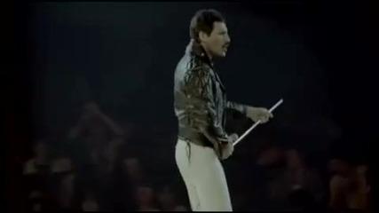 Queen - We Will Rock You (rock Montreal)