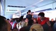 Руски туристи се напиха и сбиха в самолет, летящ на 10 000 метра височина