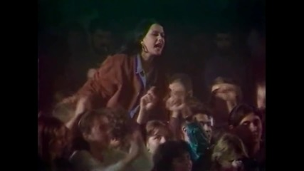 Vesna Zmijanac - Idem preko zemlje Srbije - (Live) - Spens NS - (1994)