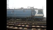 Локомотив 46012 с товарен влак