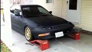 Ето какво се случва, след като малоумник си ремонтира колата в домашни условия!