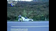 Удар В Полицейска Кола
