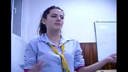 M & M Entertainment - Репортаж за Никулден / Тоха Варна Xi В 2010/2011