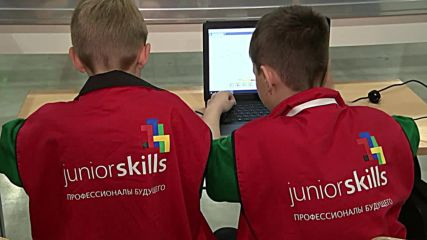 Russia: Putin meets WorldSkills Russia Young Professionals finalists