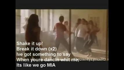 Selena Gomez - Shake It Up Lyrics