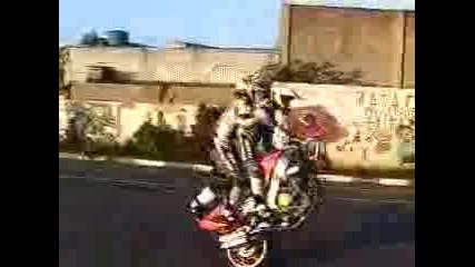 Двама Лудаци С Мотор